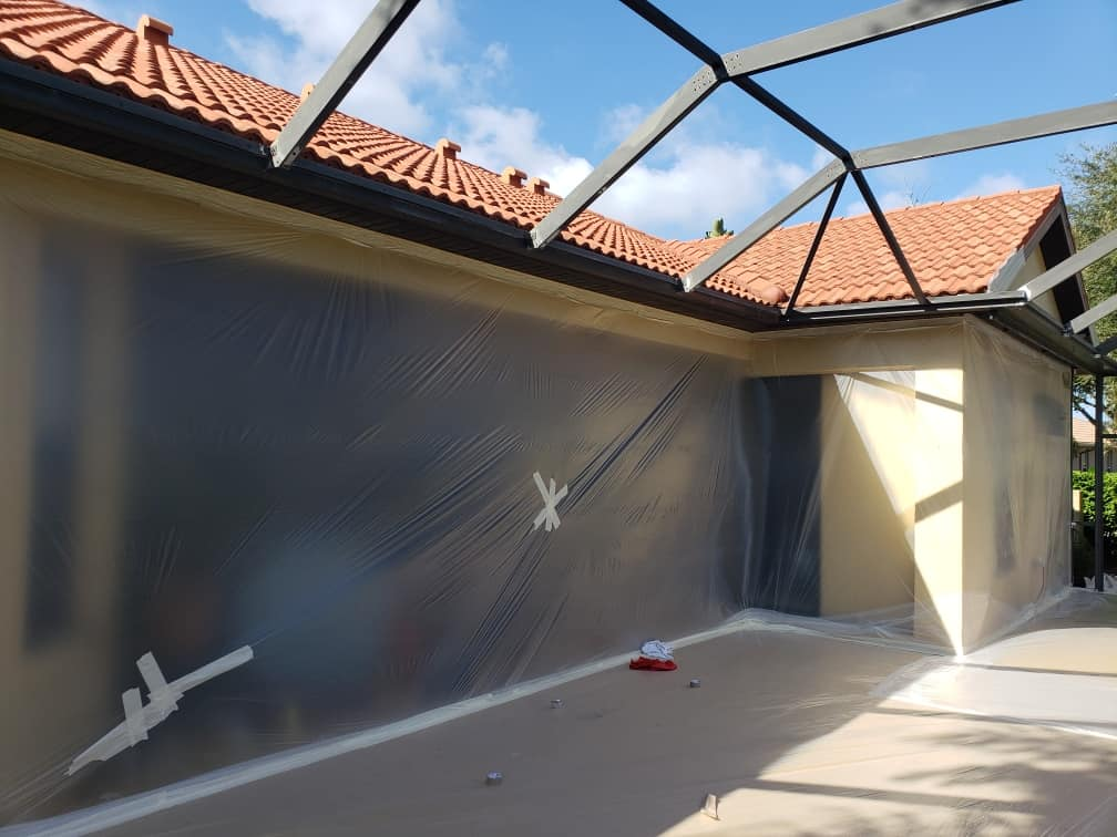 Protecting your things during pool cage repainting
